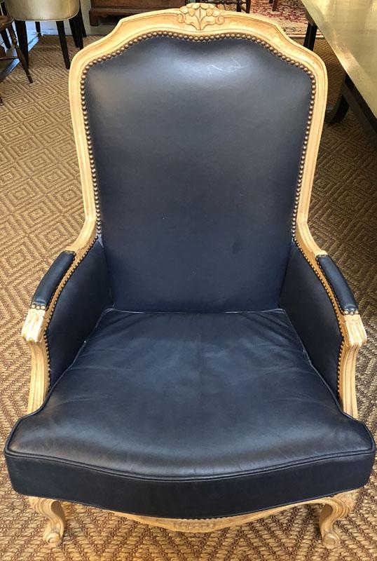Pleasant Pair Of Navy Blue Louis Xv Leather Chairs Antique And Art Inzonedesignstudio Interior Chair Design Inzonedesignstudiocom