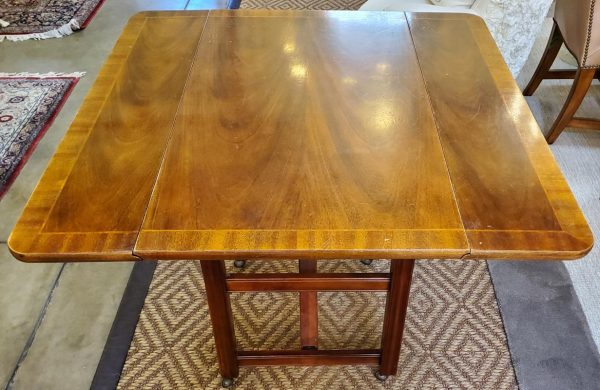 Anna's Mostly Mahogany Consignment - Baker Furniture Expandable Table