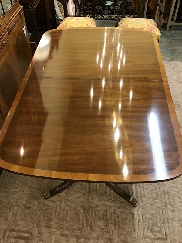 Anna's Mostly Mahogany Consignment - Dining Table By Kittinger