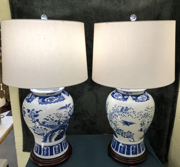 Anna's Mostly Mahogany Consignment - Pr Ginger Jar Lamps