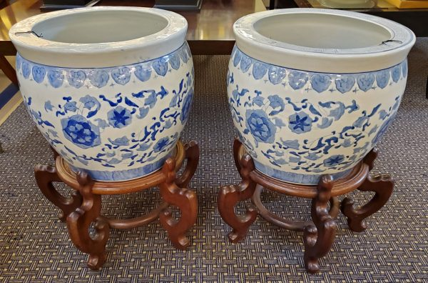 Anna's Mostly Mahogany Consignment - Chinoiserie Planter On Stand