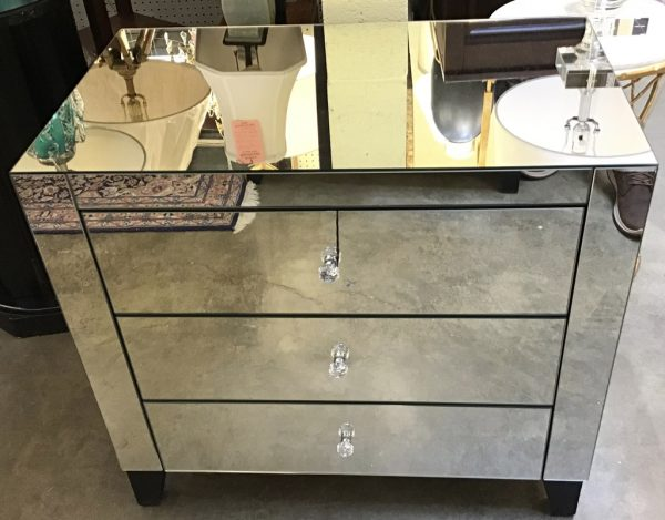 Anna's Mostly Mahogany Consignment - Pr Mirrored Nightstands