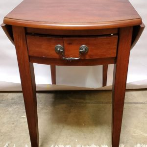 Anna's Mostly Mahogany Consignment - Pr Pembroke Table