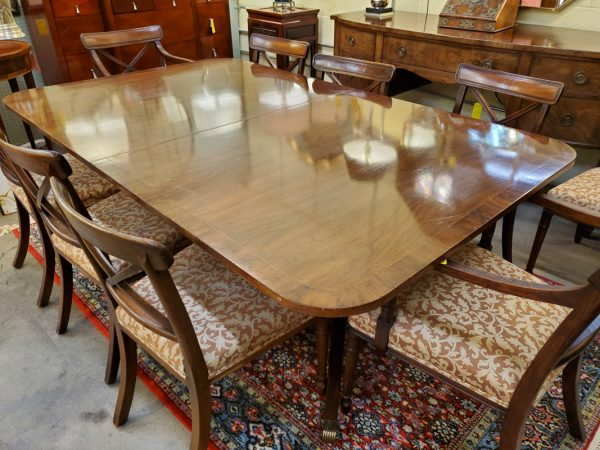 Anna's Mostly Mahogany Consignment - Kittinger Dining Table