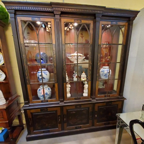 Anna's Mostly Mahogany Consignment - Chinoiserie Breakfront