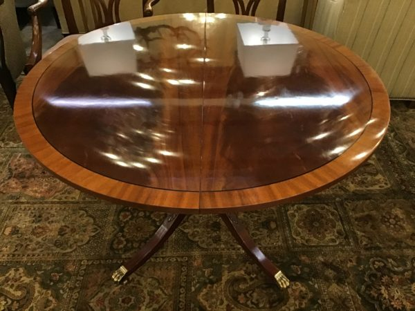 Anna's Mostly Mahogany Consignment - Round Dining Table